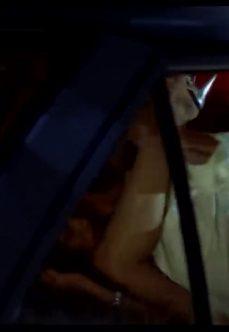 İşçi Kızı Düğün Salonunun Bahçesinde Kartal Taxi'de