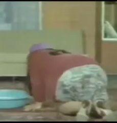 Türk Gündelikçi Hizmetçiyi Yataktan Yatağa Attılar