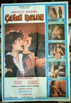 Oniki Çılgın Kız (Çılgın Kızlar) 1975